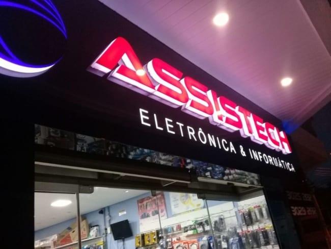 Outra fachada loja de tecnologia
