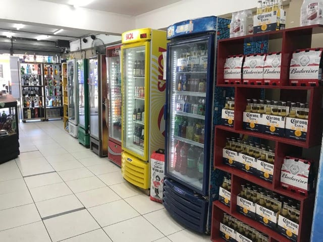 geladeiras com bebidas