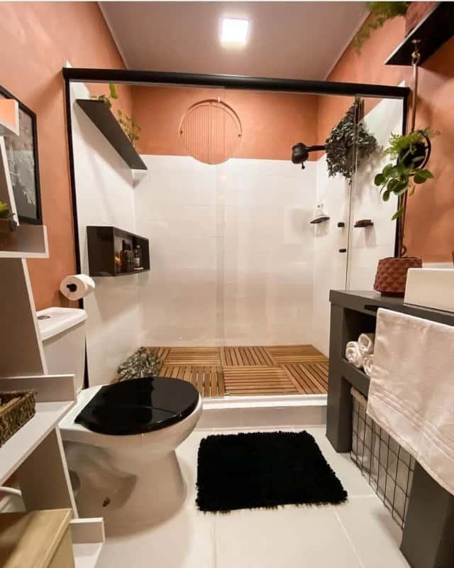 banheiro com tinta cimento queimado colorida