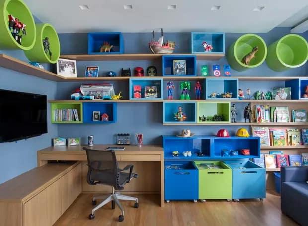quarto infantil decorado em verde e azul
