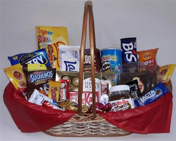 cesta de chocolate grande e com alcas