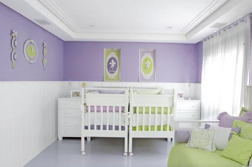 quarto de bebe em verde claro e lilas