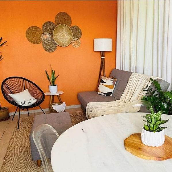 sala de estar e jantar com cadeira acapulco