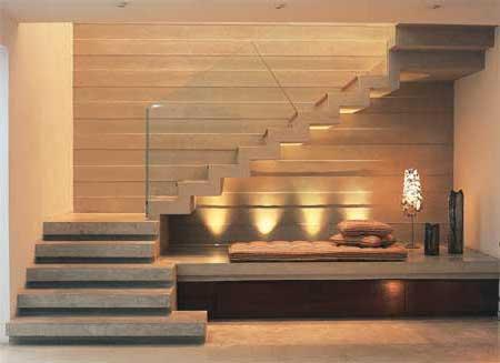 escada moderna de concreto em L