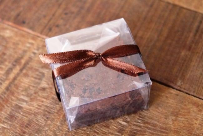 brownie em caixinha de acetato transparente