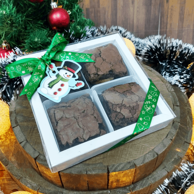 caixinha de brownie para presente de natal