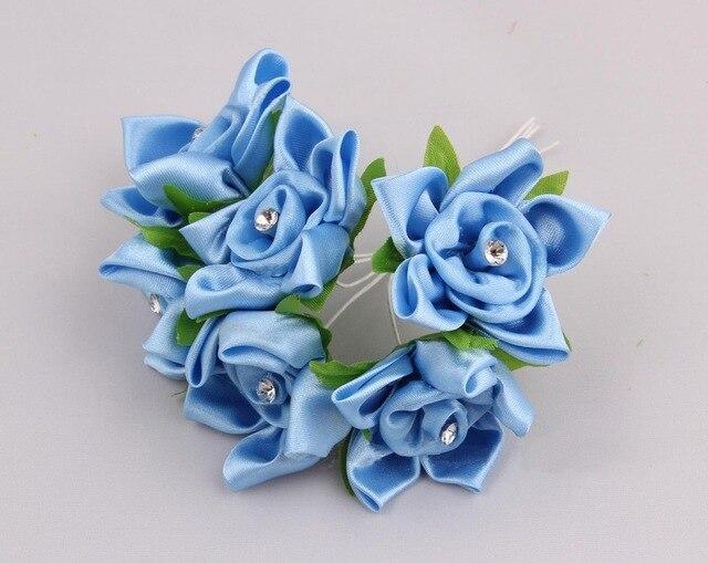 flor de tecido em cetim azul
