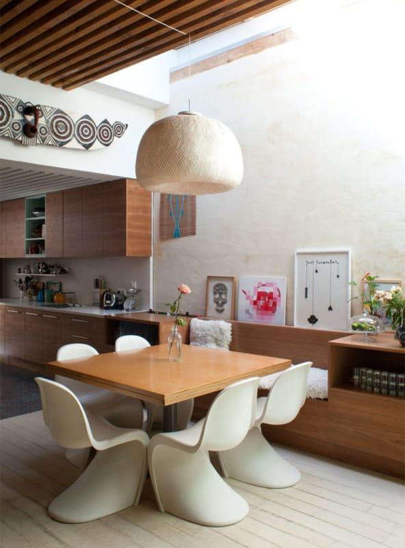 sala de jantar com cadeira confortavel panton