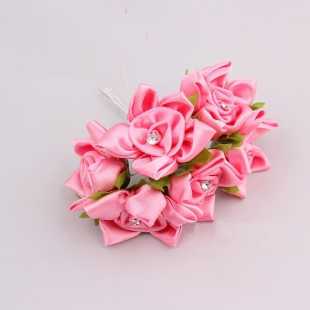 flor em cetim rosa