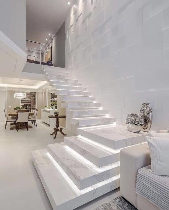 escada em L moderna com patamar e luzes