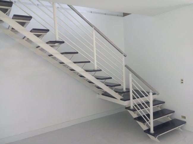 modelo de escada com patamar