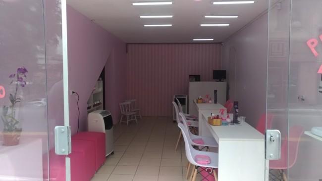 5 esmalteria simples decorada em rosa