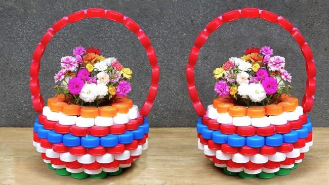 cesta de tampinhas de garrafa plastica