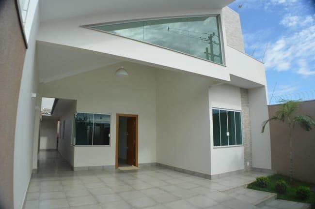 casa moderna com piso de porcelanato na garagem