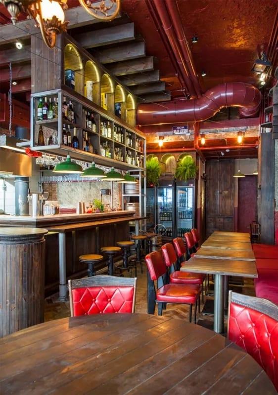 bar pequeno com estilo rustico