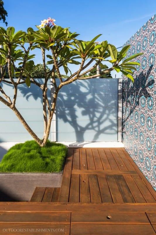 jardim pequeno com jasmim manga