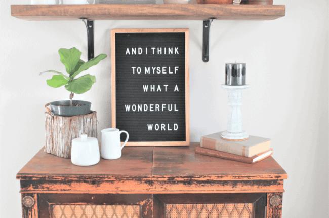 decoracao rustica com letter board preto