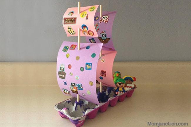barco reciclado feito de caixa de ovo