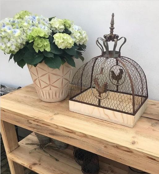 decoracao rustica com hortensia em vaso