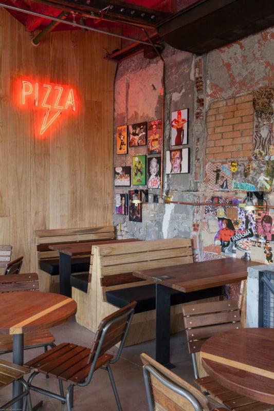 pizzaria com estilo descolado e moderno