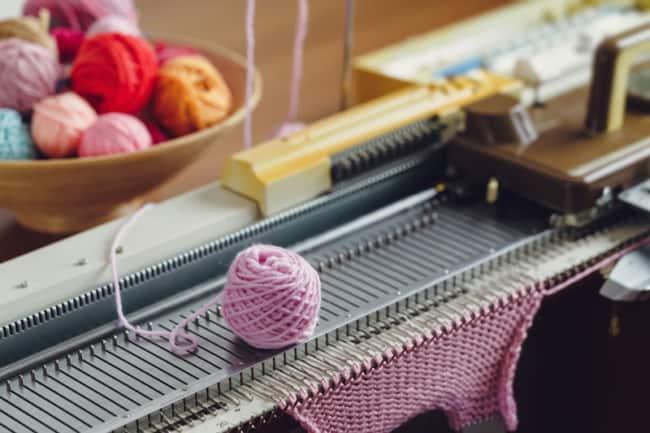 como funciona maquina de croche