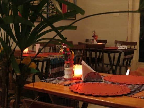 restaurante caseiro simples e aconchegante