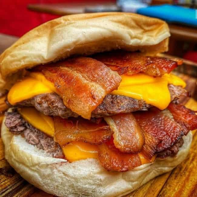 lanche com bacon