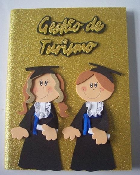 livro de ouro decorado em EVA