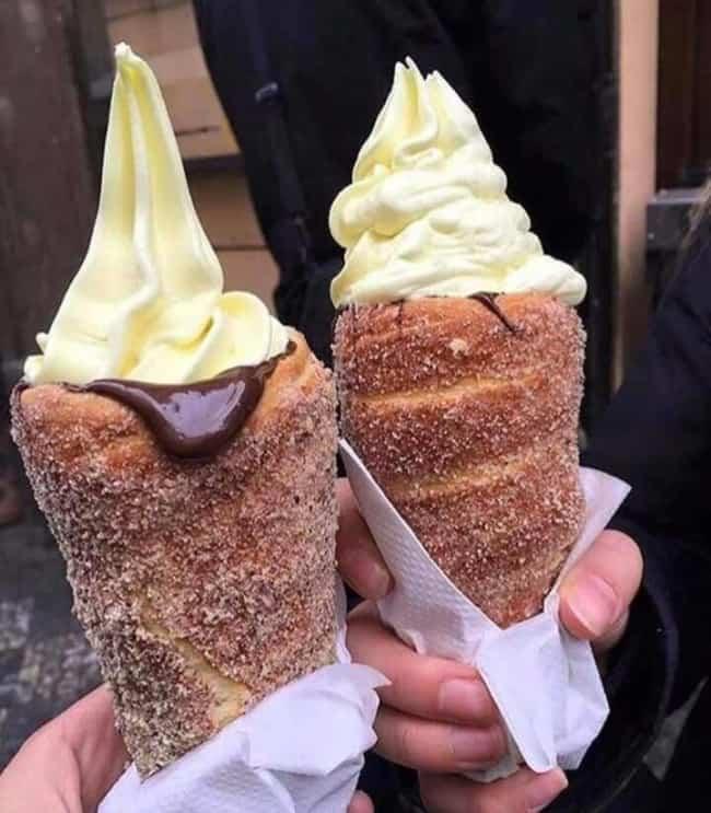 Churros e sorvete uma combinacao perfeita