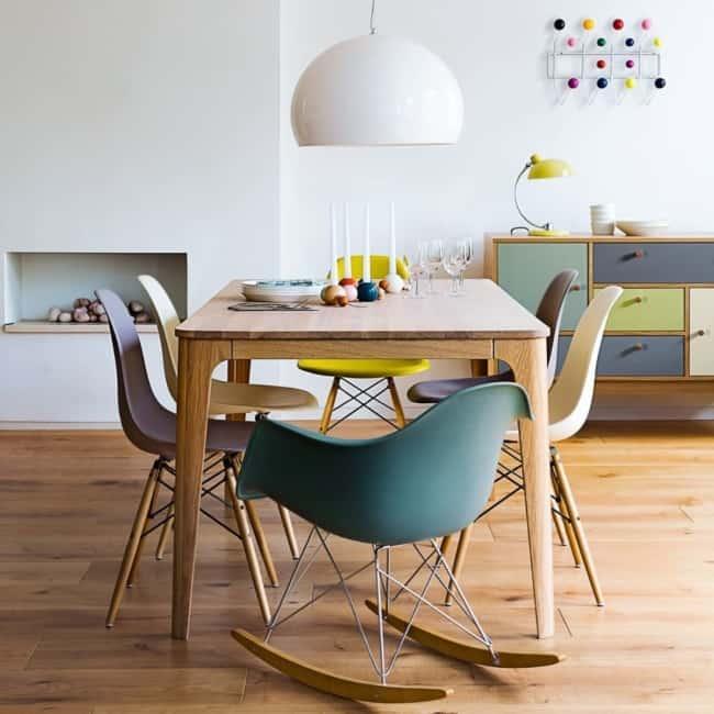 Pode ser usada na sala tambem juntamente com outros modelos de cadeira Eames
