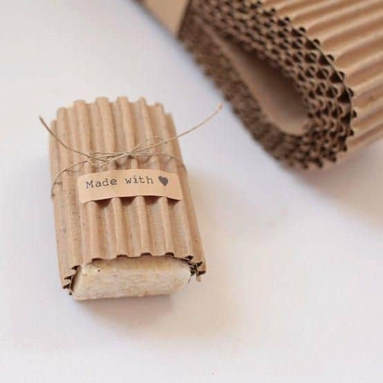 embalagem com papel micro ondulado