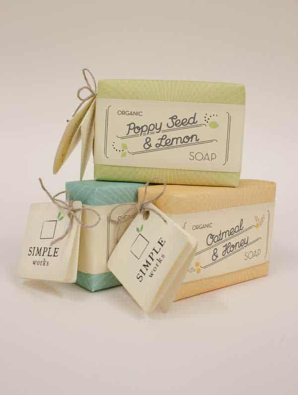 embalagem para sabonete artesanal com tags