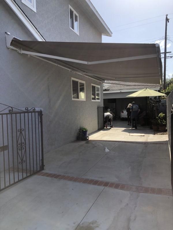 modelo de toldo retratil para garagem