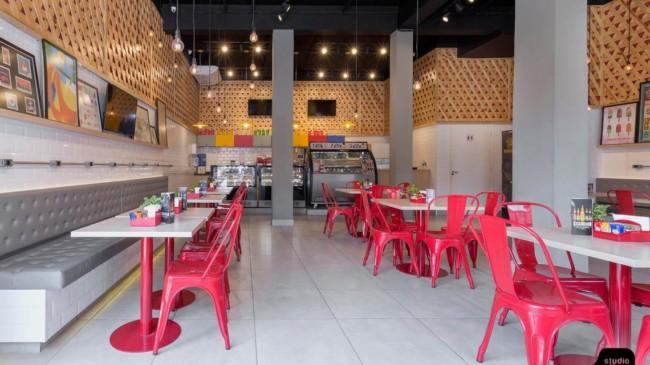 decoracao moderna e colorida para cafeteria gourmet