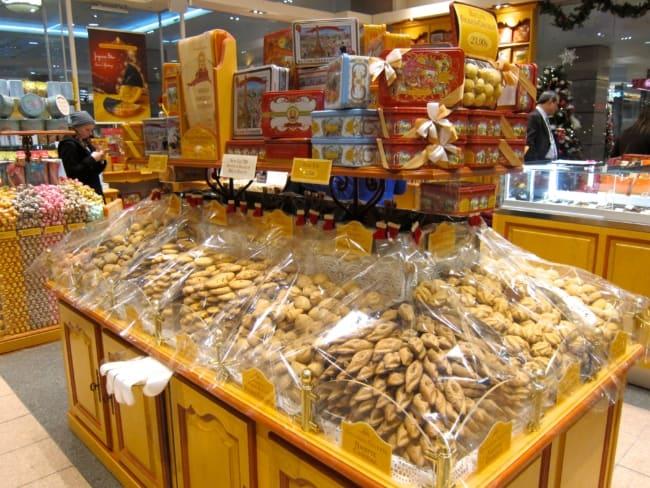 loja de biscoitos com decoracao e moveis vintage