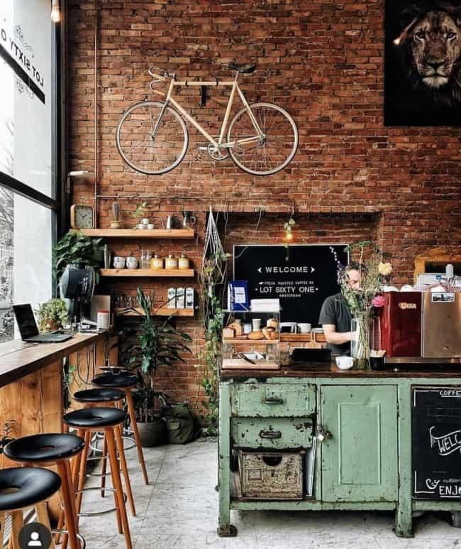 cafeteria gourmet rustica com parede de tijolinhos