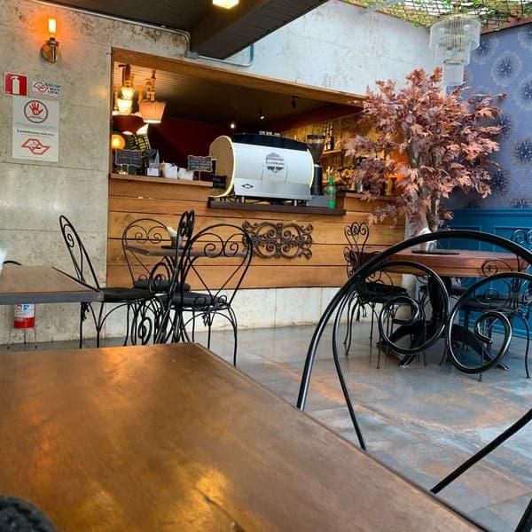 estilo rustico para cafeteria gourmet pequena