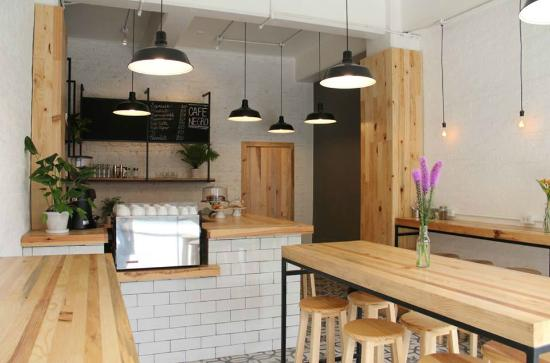 decoracao simples para cafeteria pequena