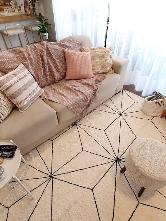 sala pequena decorada em cor off white