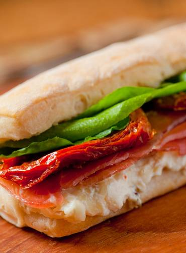 sanduiche natural com tomate seco