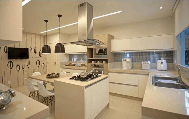 cozinha clean com bancadas off white