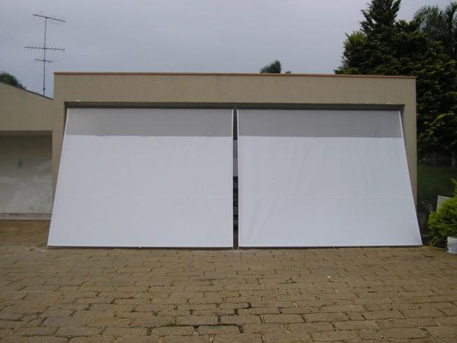 garagem fechada com toldo cortina