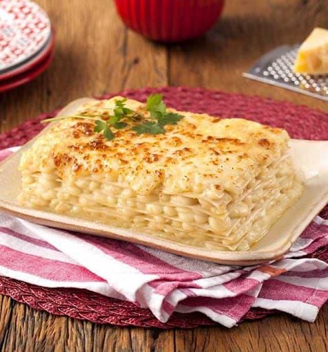 sabor de lasanha com queijos