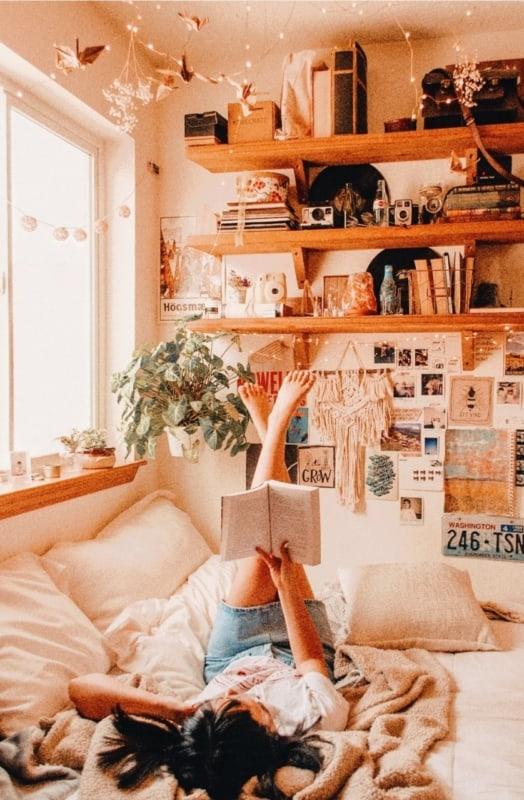 cama tumblr com decoracao criativa