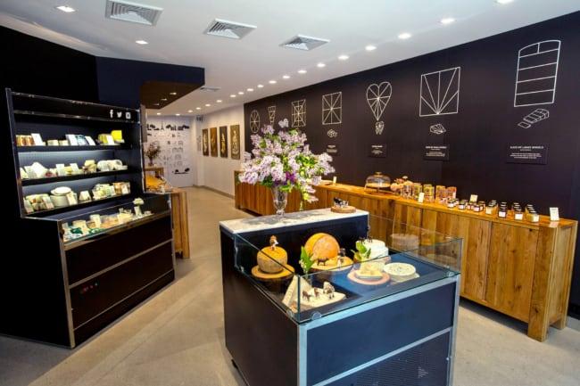 decoracao gourmet e moderna de loja de frios e laticinios
