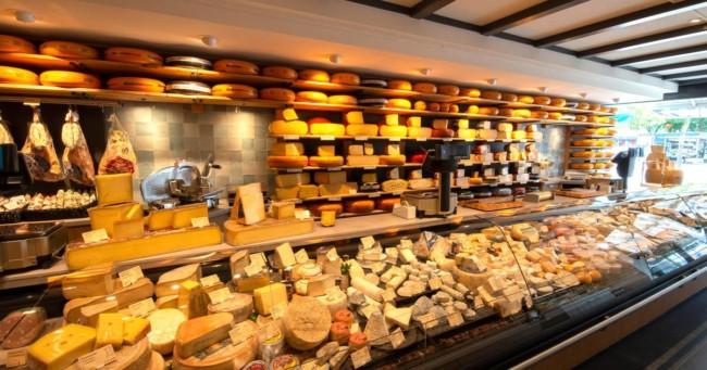 decoracao de loja de queijos e frios gourmet