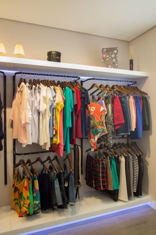 estilo moderno para loja de roupas em casa
