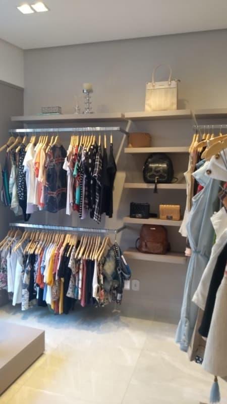 boutique de roupas em casa