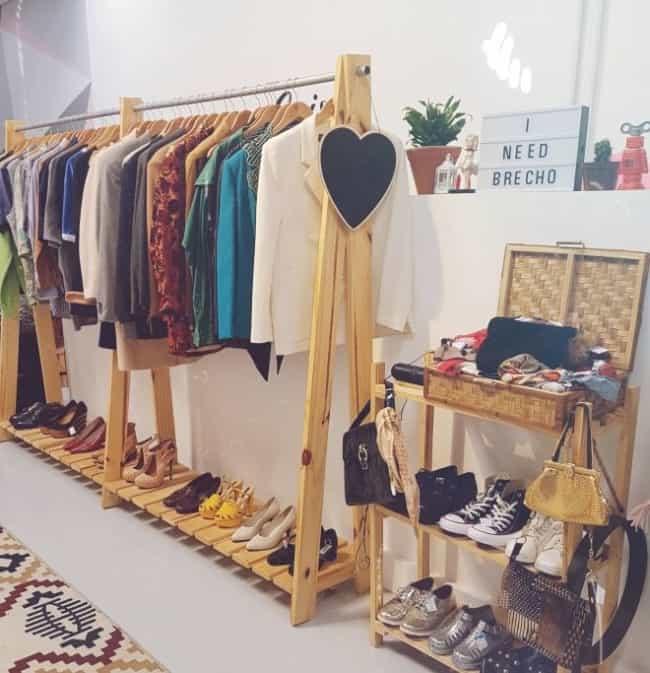 decoracao simples e barata para loja de roupas em casa