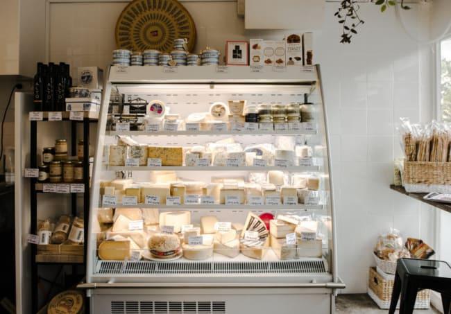 estilo simples para loja de laticinios